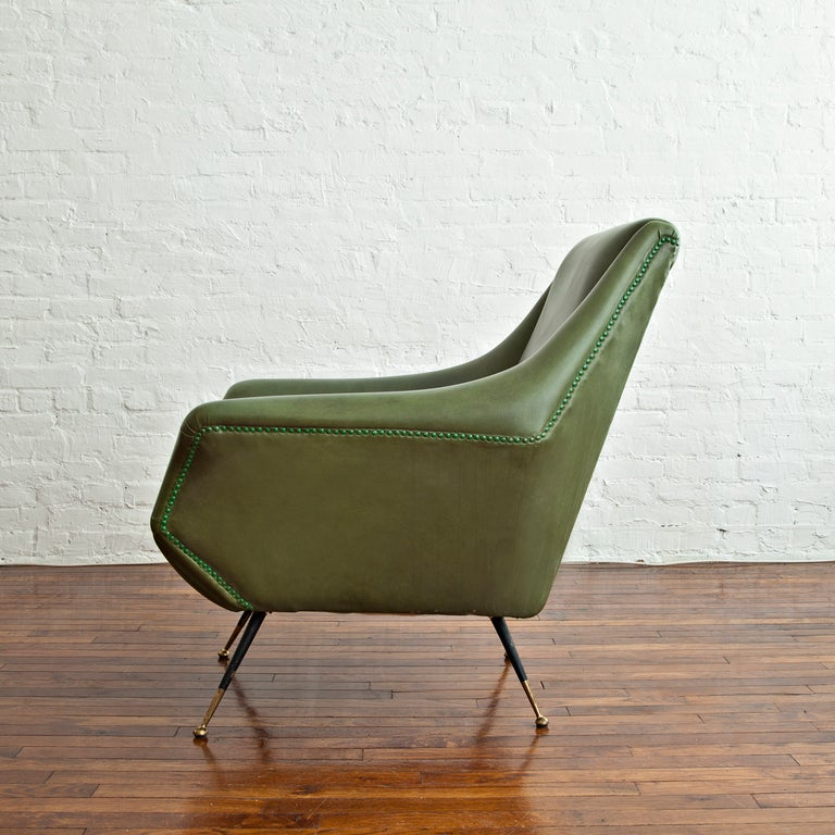 Pair of Lounge Chairs by Gio Ponti In Good Condition In Brooklyn, NY