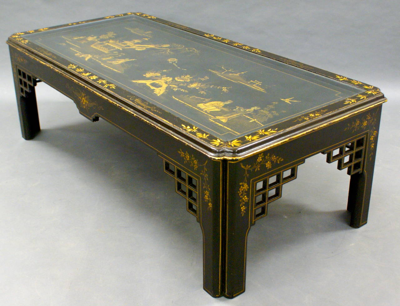 Chinoiserie Black Lacquered Coffee Table 1930s For Sale At 1stdibs