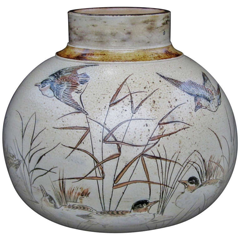 martin brothers vase pottery birds decorated 1stdibs vases auction