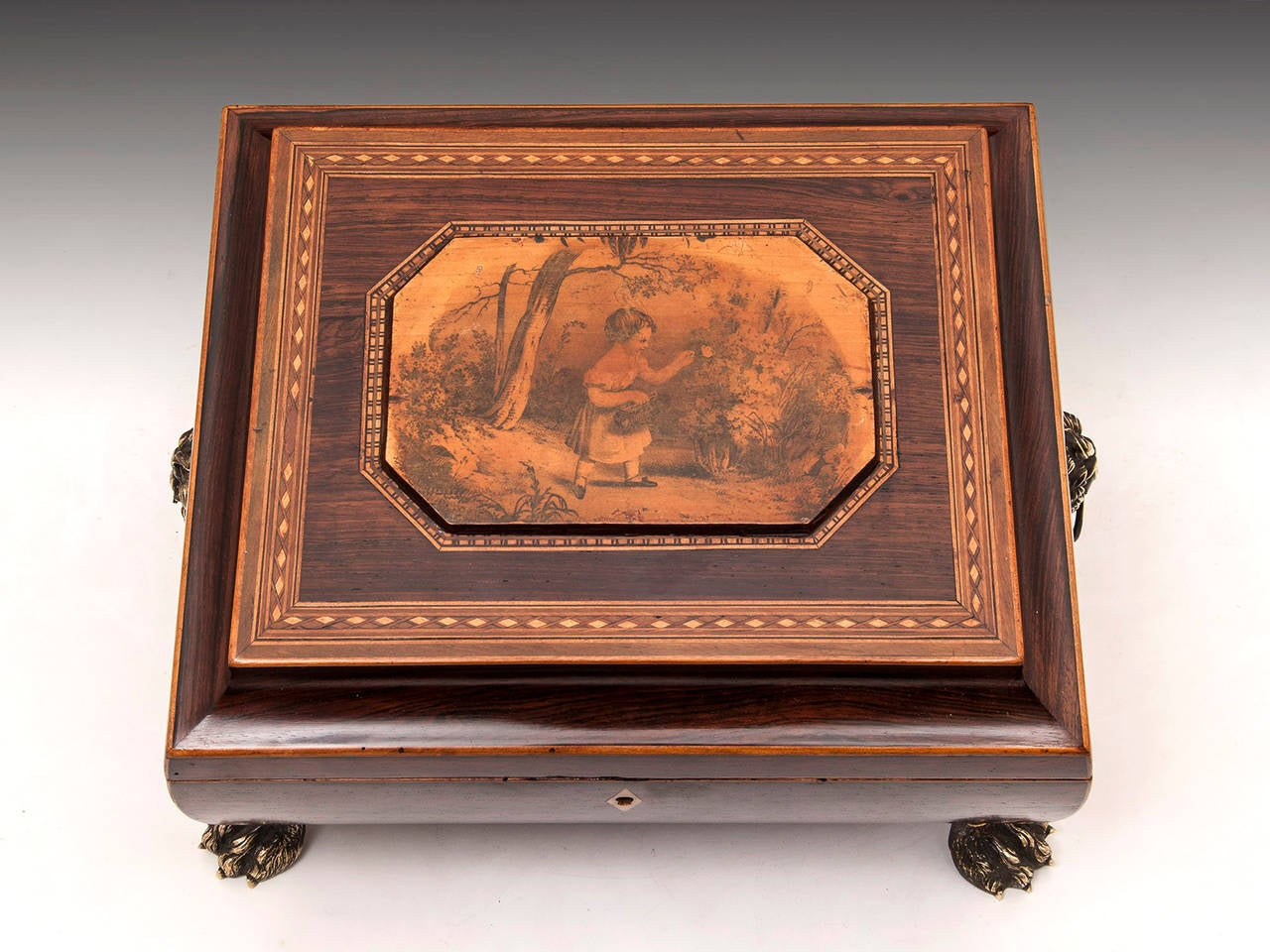 19th Century Regency Bombe Shape Mahogany Sewing Box For Sale 1