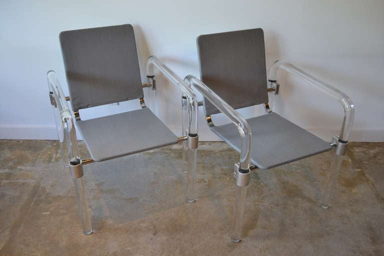 Mid-Century Modern Pair of Lucite and Aluminum Side Chairs By Jeff Messerschmidt for Knoll, 1970's For Sale