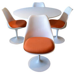 Eero Saarinen for Knoll Tulip Base Dining Table and Four Chairs
