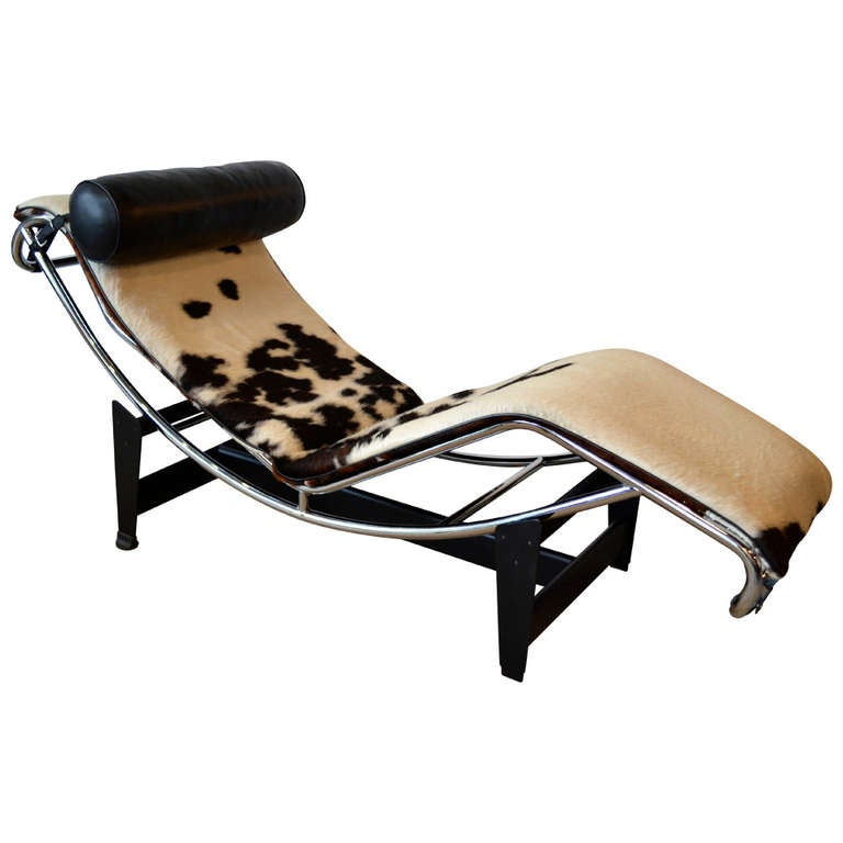 Mid century le corbusier lc4 chaise lounge at 1stdibs for Chaise corbusier