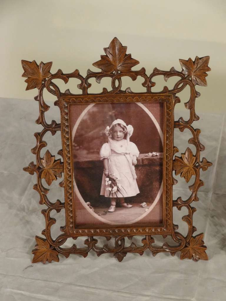 19th Century Pair of Black Forest Carved Picture Frames image 3