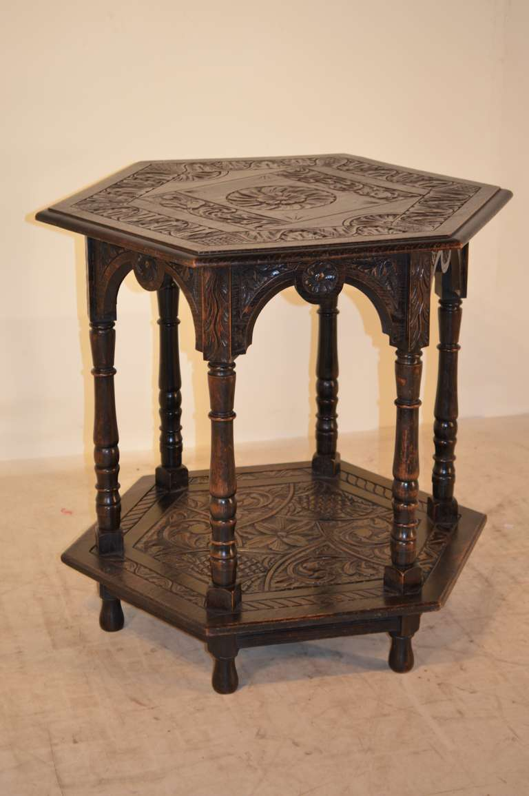 19th century english carved center table at 1stdibs for Table th center
