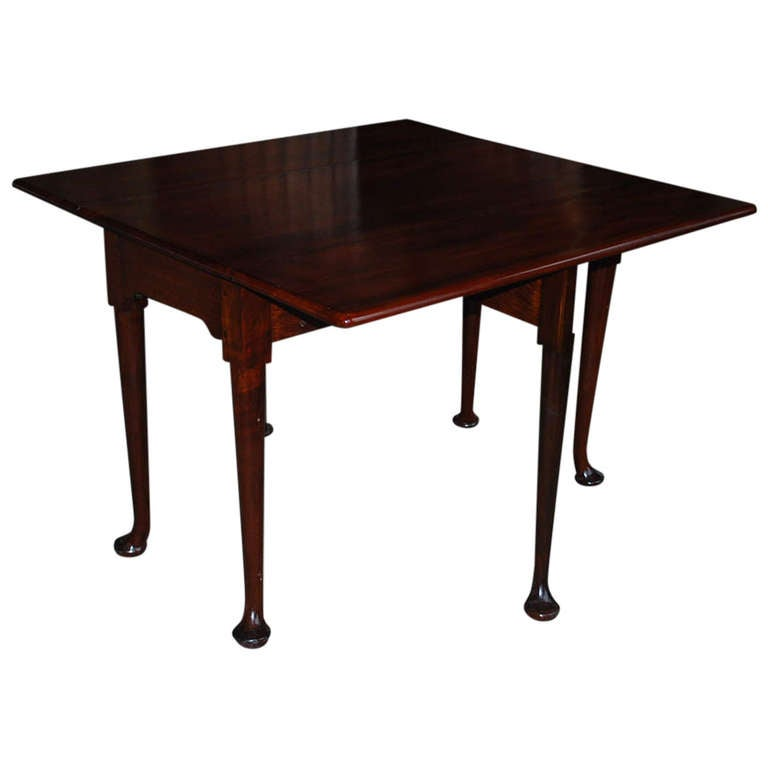19th Century Mahogany Gateleg Table For