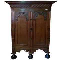 Renaissance Cabinet Oakwood with Rosewood 18th Century, circa 1700