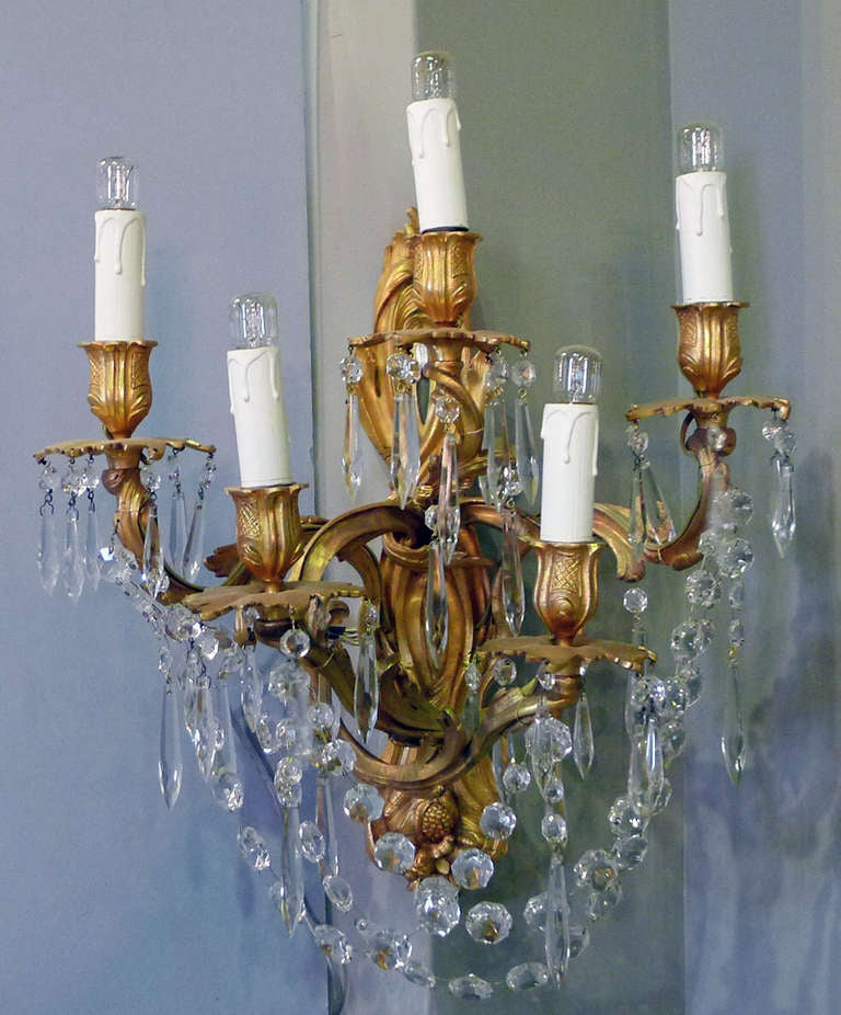 French 19th Century Pair of Wall Sconces For Sale