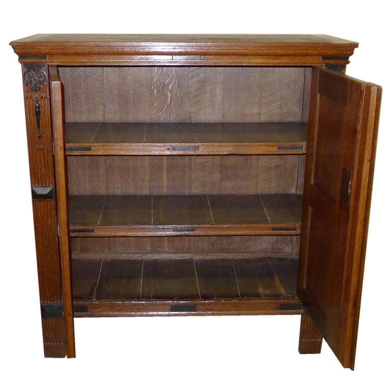 18 th c dutch renaissance oakwood cabinet at 1stdibs for Oakwood furniture