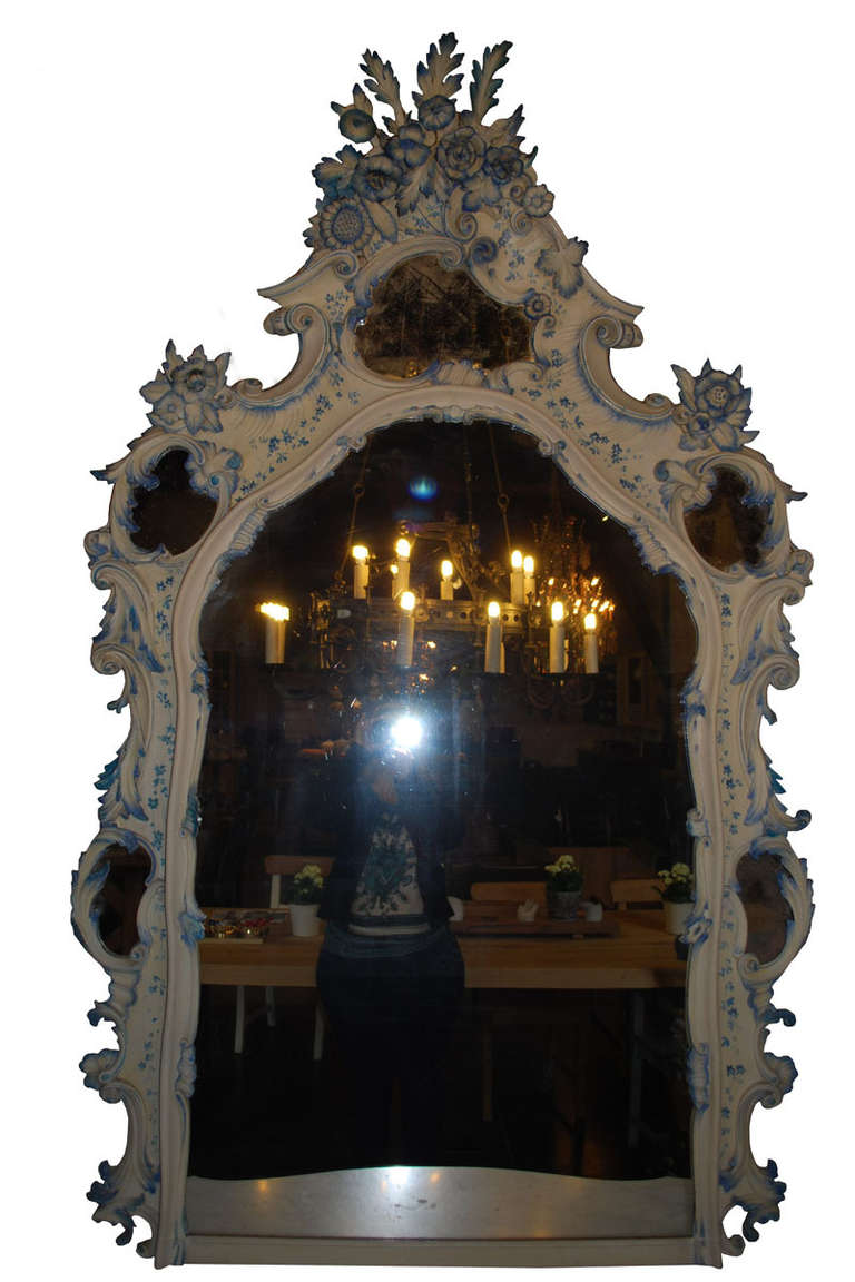 Rococo 19th Century Venetian Console Table with Mirror For Sale
