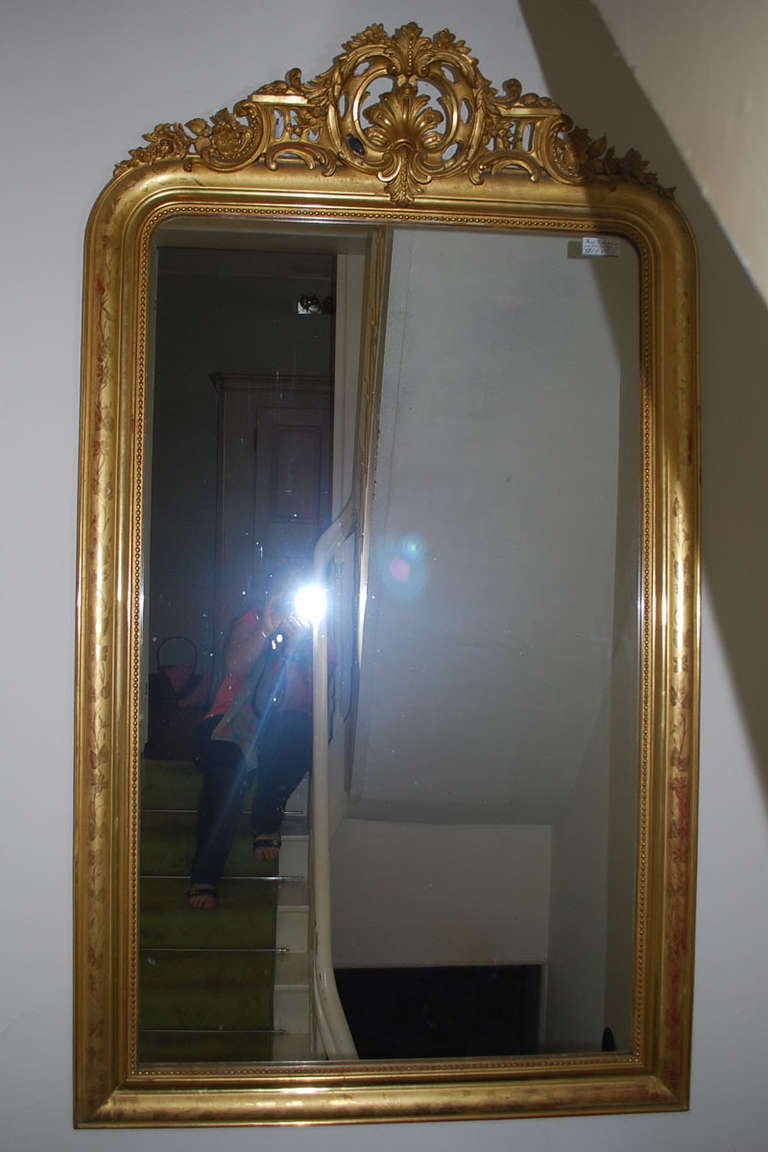 19th century large gold gilded baroque mirror for sale at 1stdibs. Black Bedroom Furniture Sets. Home Design Ideas