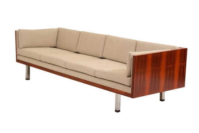 Thayer Coggin Mid Century Modern Rosewood Sofa by Milo Baughman 3