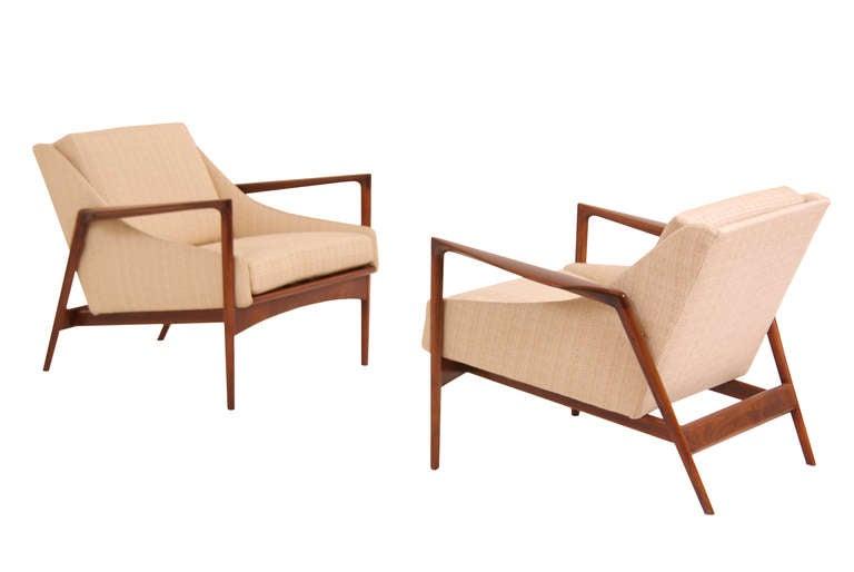 danish modern walnut lounge chairs by ib kofod larsen at