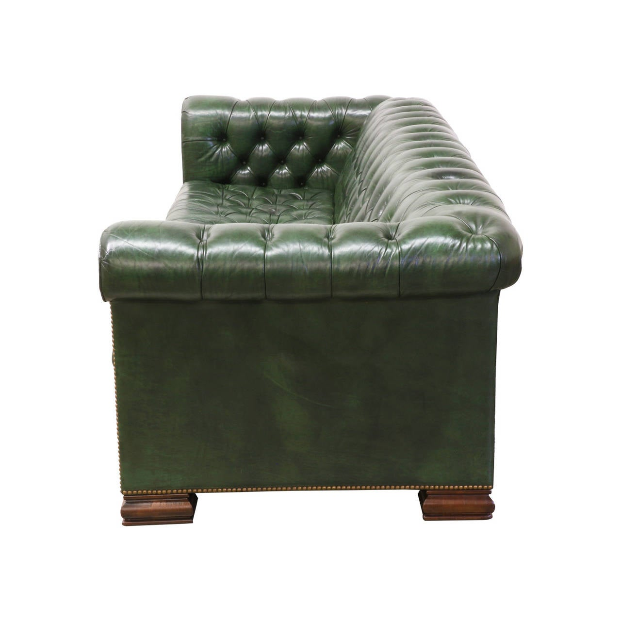 Vintage green leather chesterfield sofa bed at 1stdibs for Decor jewelry chesterfield
