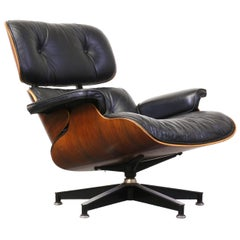 Charles and Ray Eames 670 Leather and Rosewood Lounge Chair for Herman Miller