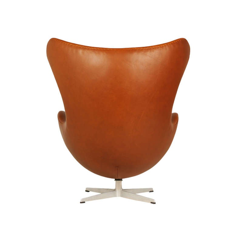 Arne Jacobsen Egg Chair With Ottoman For Fritz Hansen For Sale At