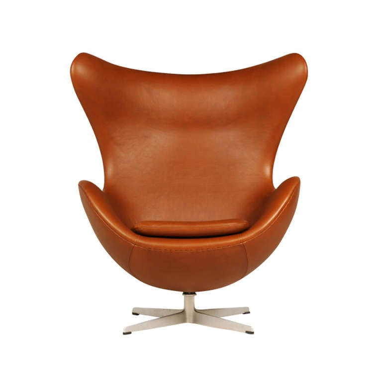 arne jacobsen egg chair with ottoman for fritz hansen at 1stdibs. Black Bedroom Furniture Sets. Home Design Ideas