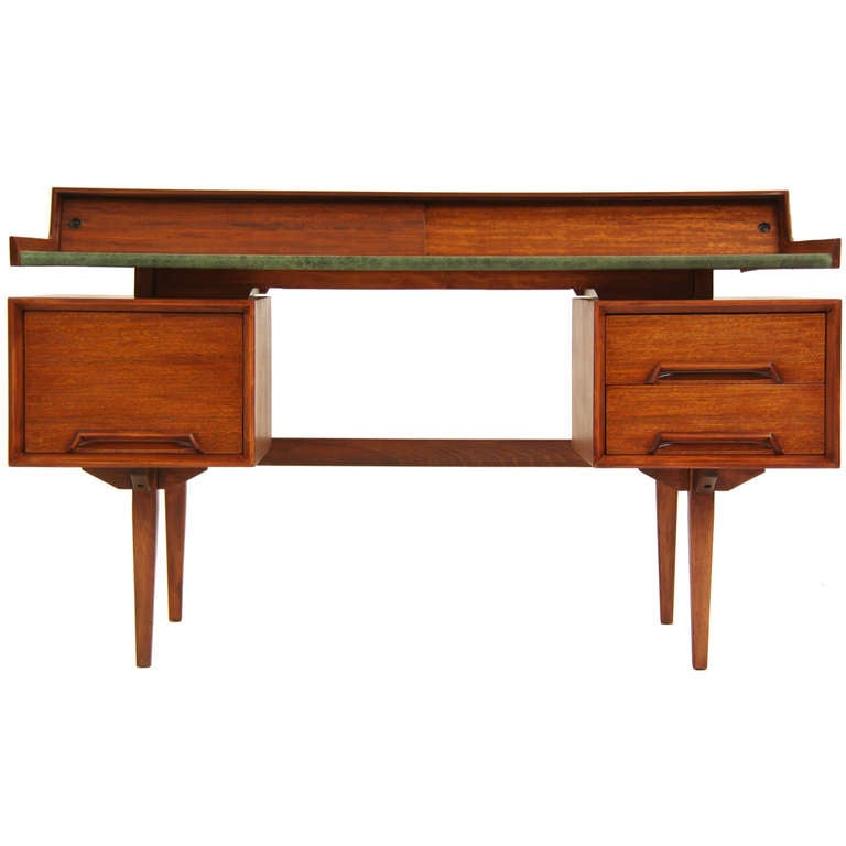 Drexel Quot Perspective Quot Floating Top Desk By Milo Baughman At