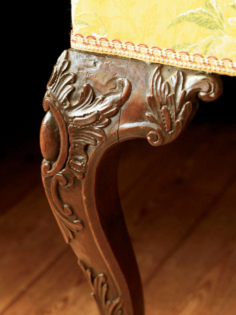 George II period carved mahogany open arm chair attributed to Matthias Lock In Good Condition For Sale In London, GB