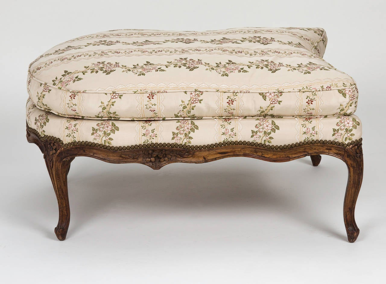 Louis xv chair and ottoman chaise lounge for sale at 1stdibs for Chaise louis xv