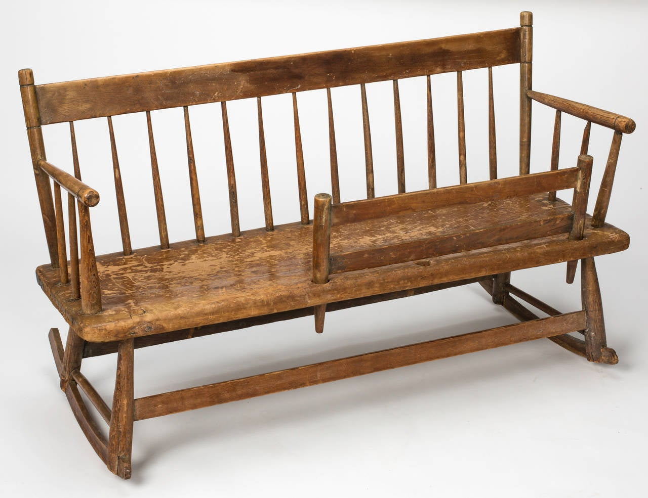 Early American Mammy 39 S Rocker Bench Circa 1830s At 1stdibs