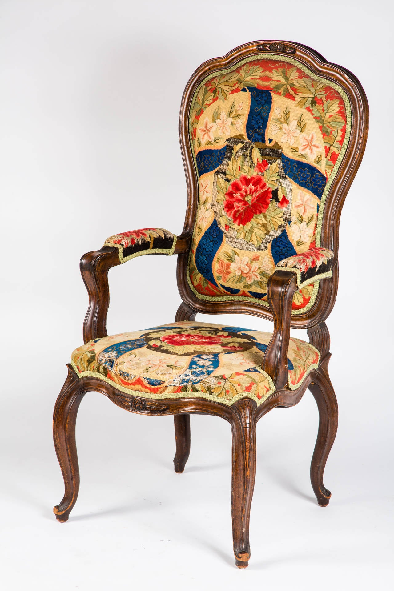 French Needle Point Armchair In Good Condition For Sale In Summerland, CA