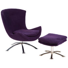 Saarinen Style Swivel Chair and Ottoman by Knoll