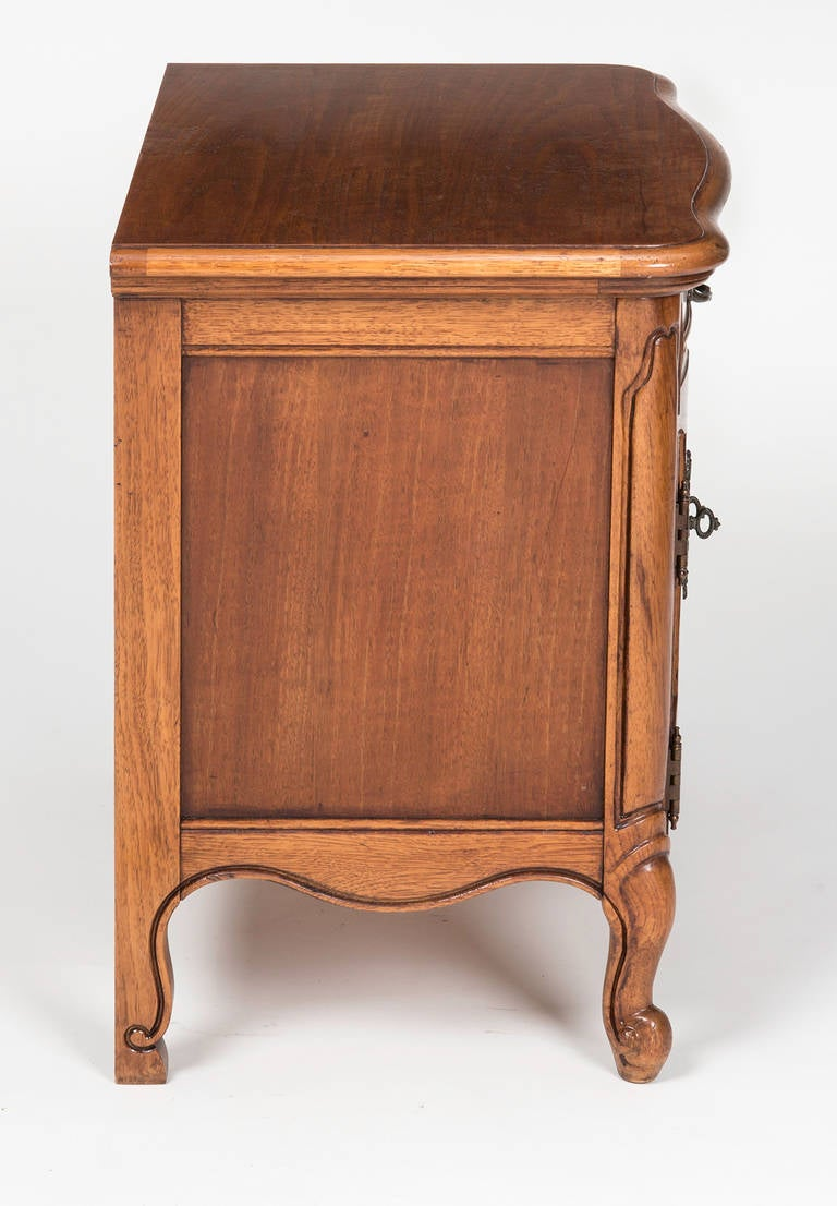pair of french bedside night stands at 1stdibs