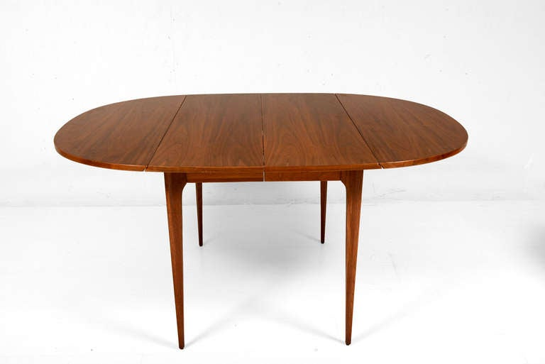 this broyhill dining table is no longer available