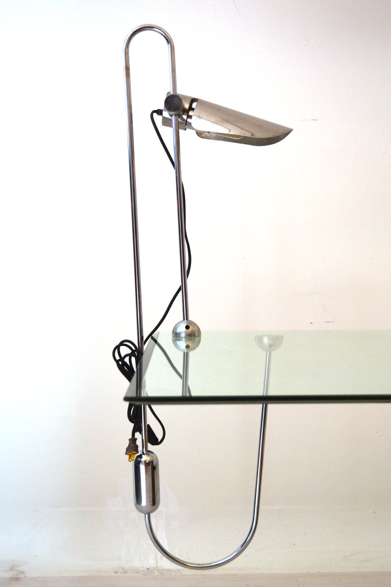 Mid Century Modern Counterbalance Desk Lamp Attributed to Gae Aulenti For Sale