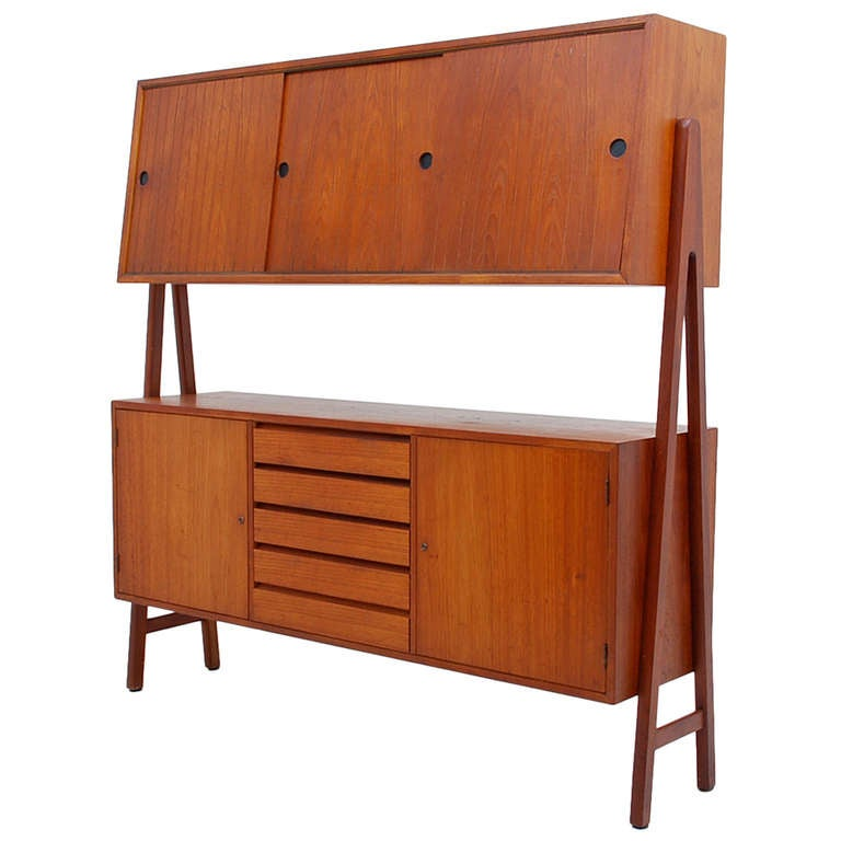 mid century danish modern standing wall unit at 1stdibs. Black Bedroom Furniture Sets. Home Design Ideas