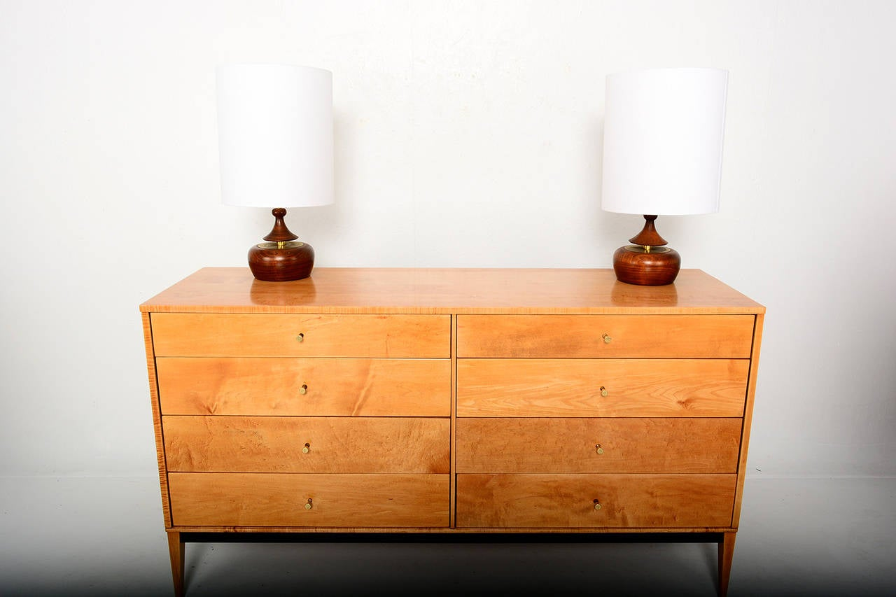 Mid-Century Modern Walnut Pair of Table Lamps 3