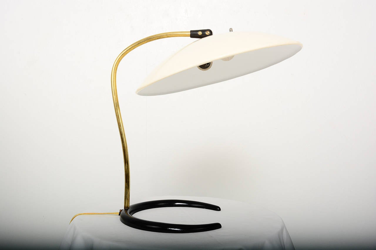 Lightolier desk lamp by gerald thurston at 1stdibs lightolier desk lamp by gerald thurston 2 geotapseo Image collections