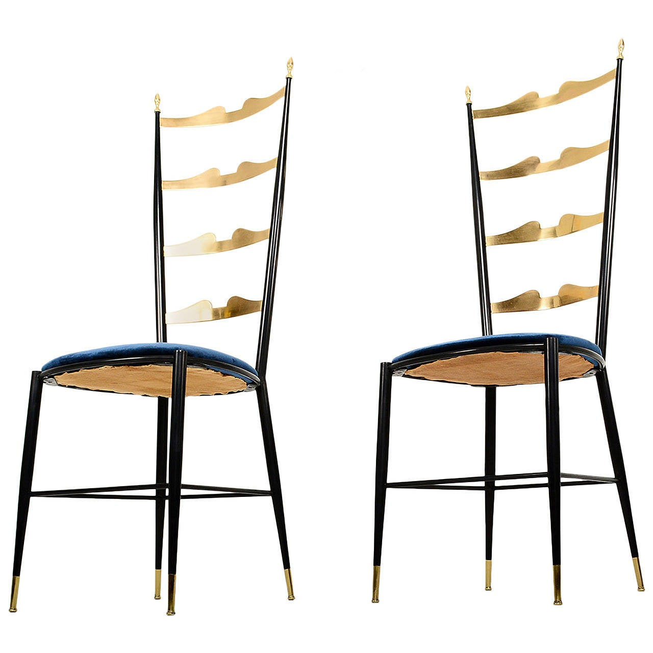 Pair Of Chiavari Italian Chairs At 1stdibs
