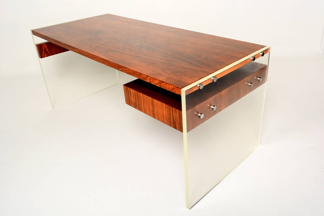 Lucite and walnut desk at 1stdibs for Perspex desk