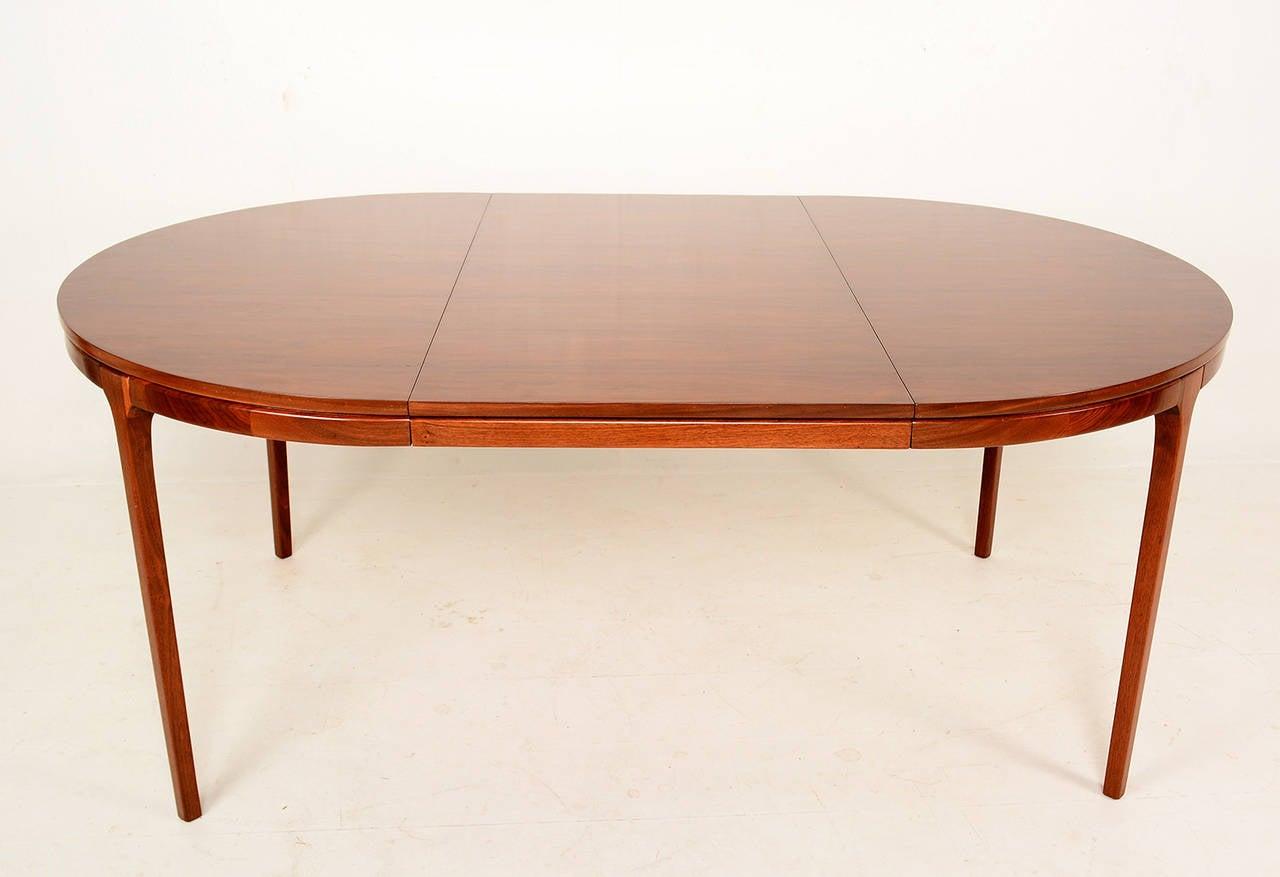 walnut oval dining table mid century at 1stdibs. Black Bedroom Furniture Sets. Home Design Ideas