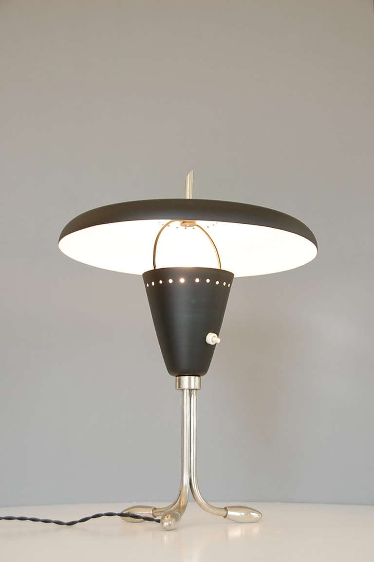 Mid-Century Modern 1950s American Table Lamp For Sale