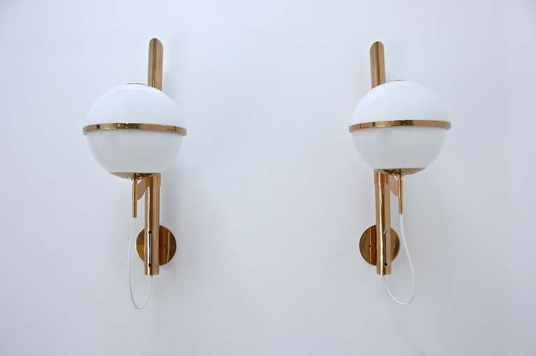 Large Artemide Wall Lamps For Sale 1