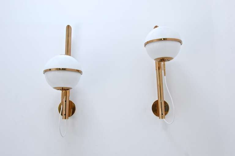 Large Artemide Wall Lamps For Sale 2