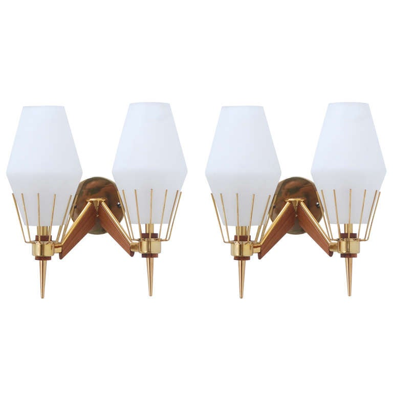 Wall Sconces Mid Century : Italian Mid-Century Sconces For Sale at 1stdibs