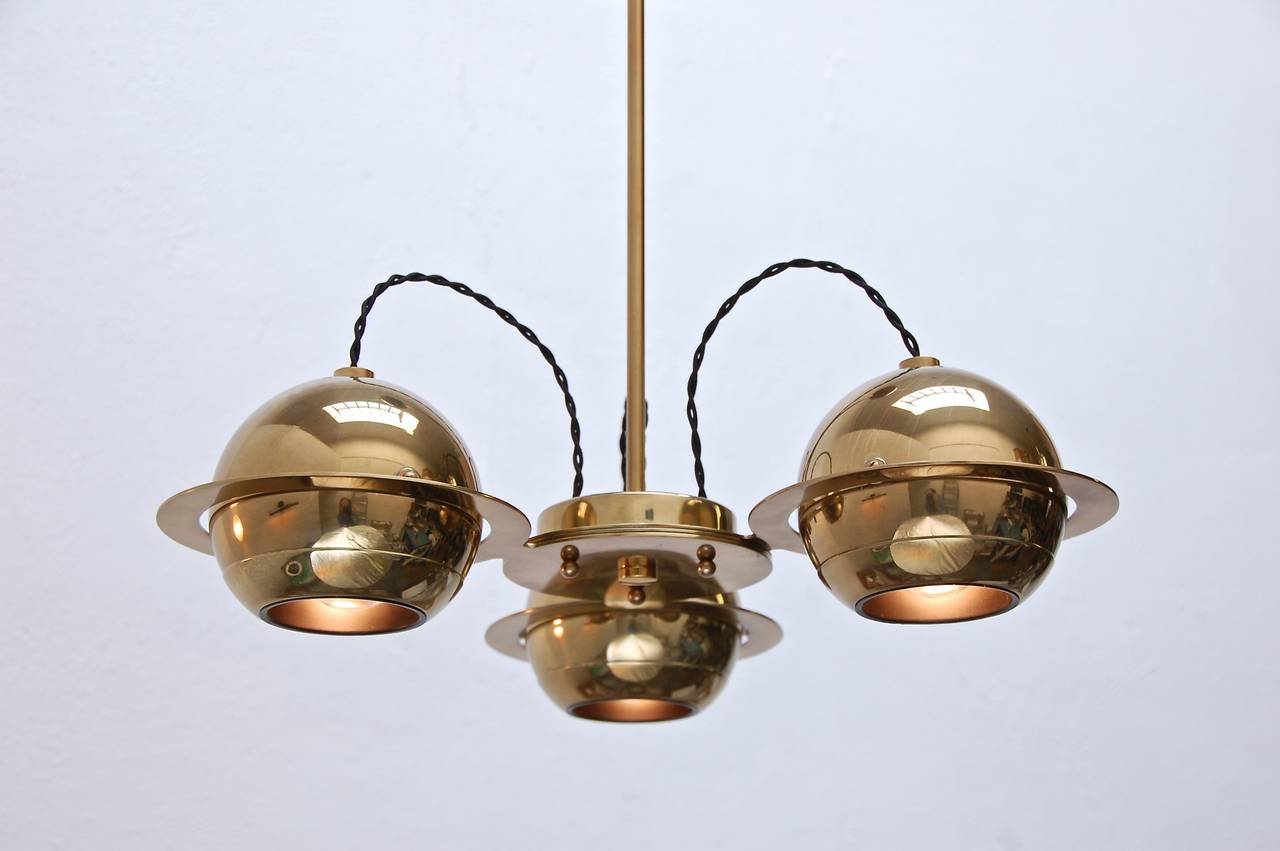 Mid-Century Modern Reggiani Attributed Small Chandelier For Sale