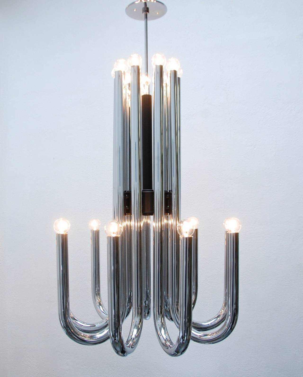 Esperia Chandelier from Italy For Sale at 1stdibs