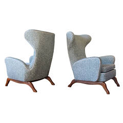 Pair of 1960s Italian Wingback Lounge Chairs