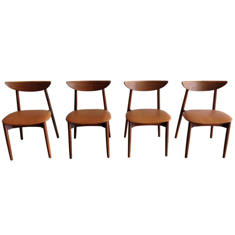 Set Of 4 Teak And Leather Crescent Back Dining Chairs By