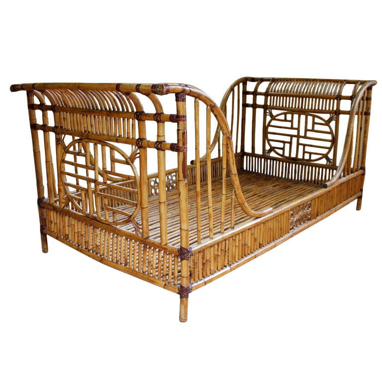 1960s Rattan Twin Sleigh BedDaybed At 1stdibs