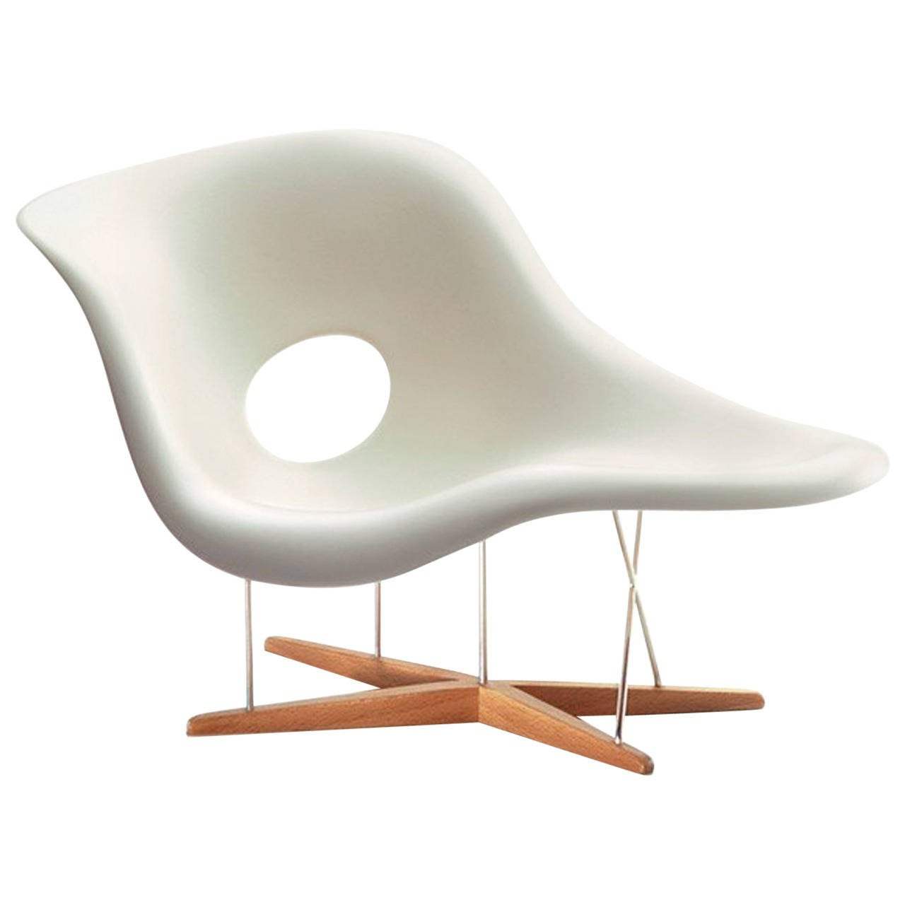Chaise divan designed by charles and ray eames for for Chaises ray et charles eames