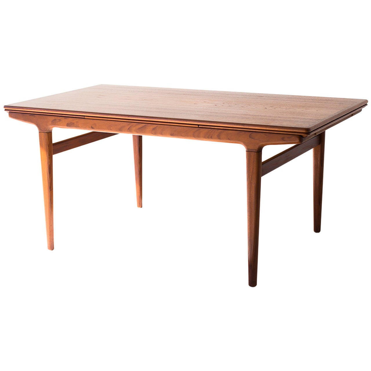 johannes andersen dining table for uldum møbelfabrik at 1stdibs