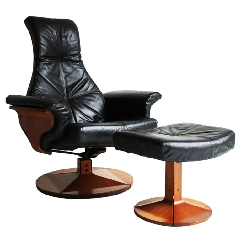 Mid Century Lounge Chair and Ottoman at 1stdibs