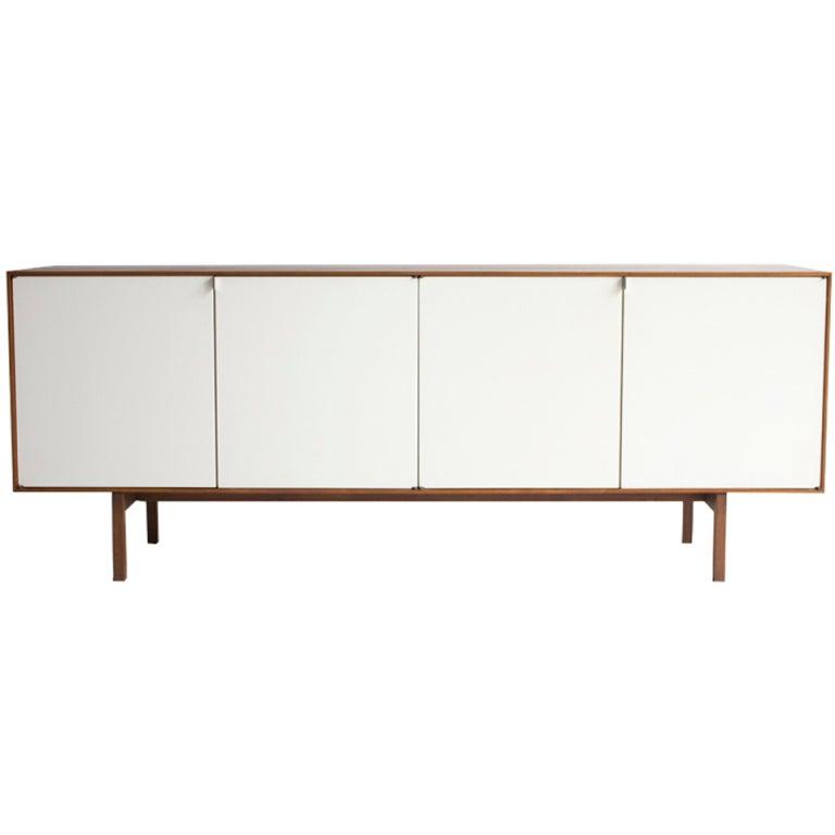 Id F_785284 on Vintage Walnut Furniture
