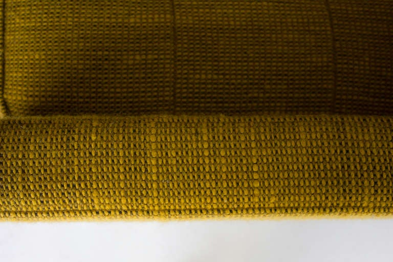Mid-Century Modern Florence Knoll Two Seat Sofa in Original Cato Fabric for Knoll International